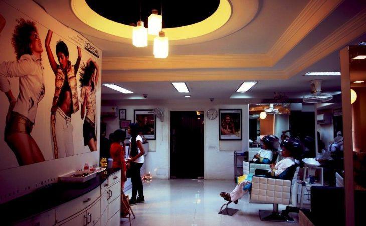 CUT&STYLE - Sector 76, Noida